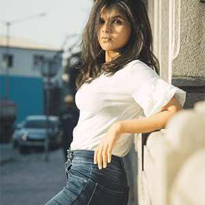 Incall Monika - South Delhi Call Girl
